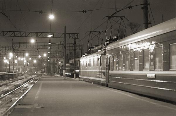 Красивую чешку на вокзале деньги